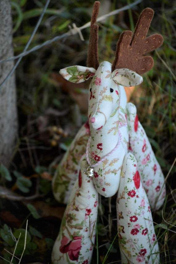 Fabric Reindeer Rosy Reindeer String by HeartmadeSouthAfrica