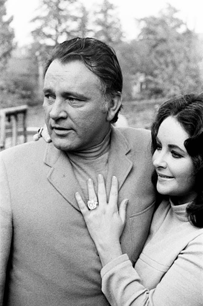Burton Didn T Propose To Elizabeth Taylor With A Ring Elizabet Tejlor Gollivud Akter