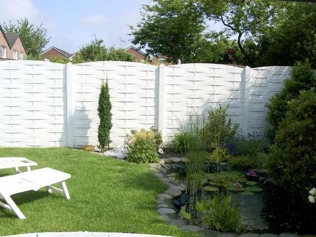 26 best Garten images on Pinterest Balcony, Garden ideas and Home - sichtschutzzaun aus kunststoff gute alternative holzzaun