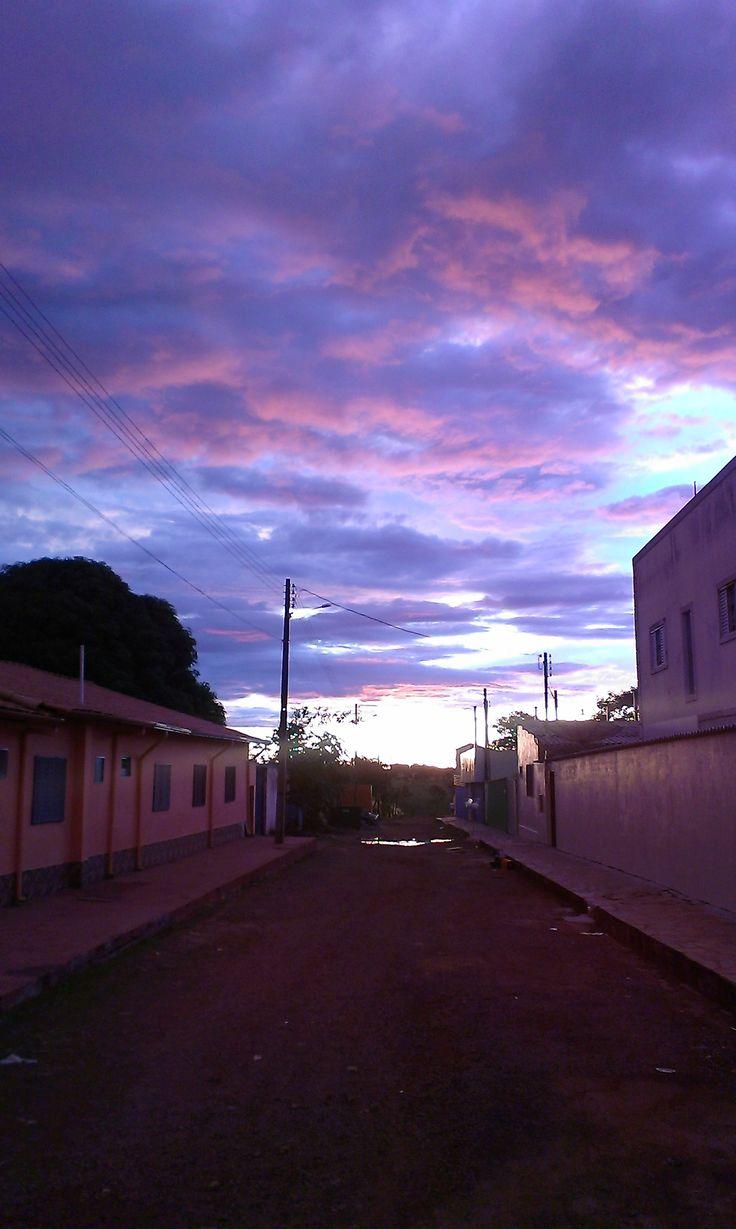 Small street in Abadiania at sunset, incredible violet palette #JohnofGod #CasadeDomInacio #energyhealing #faithhealing #entities #Abadiania #sunset