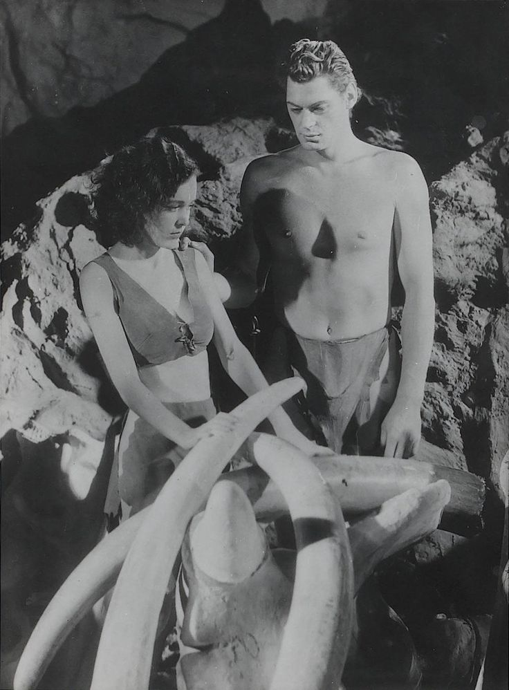 "Ted Allan, Maureen O' Sullivan and Johnny Weissmuller in ""Tarzan and His Mate"" directed by Cedric Gibbons and Jack Conway, 1934"