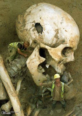 Giant Human Skeleton Unearthed in America - not the best fake you're going to find in a Google Search