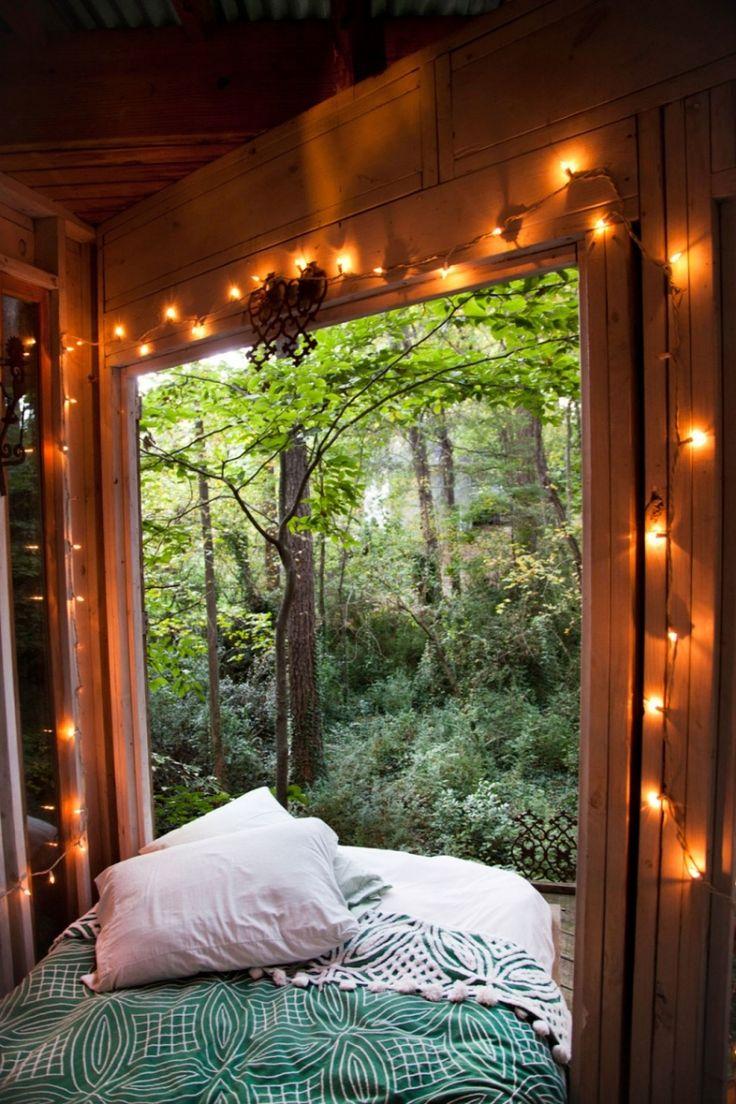 Lichterketten sorgen für romantische Atmosphäre