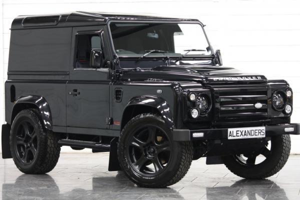 #LandRover Defender 90 2.4 TDI Alive Black Edition | Alexanders Prestige Cars
