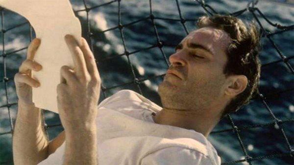 Entre las películas injustamente olvidadas durante la pasada entrega del Oscar, se encuentra: The Master, el trabajo más reciente de Paul Thomas Anderson.