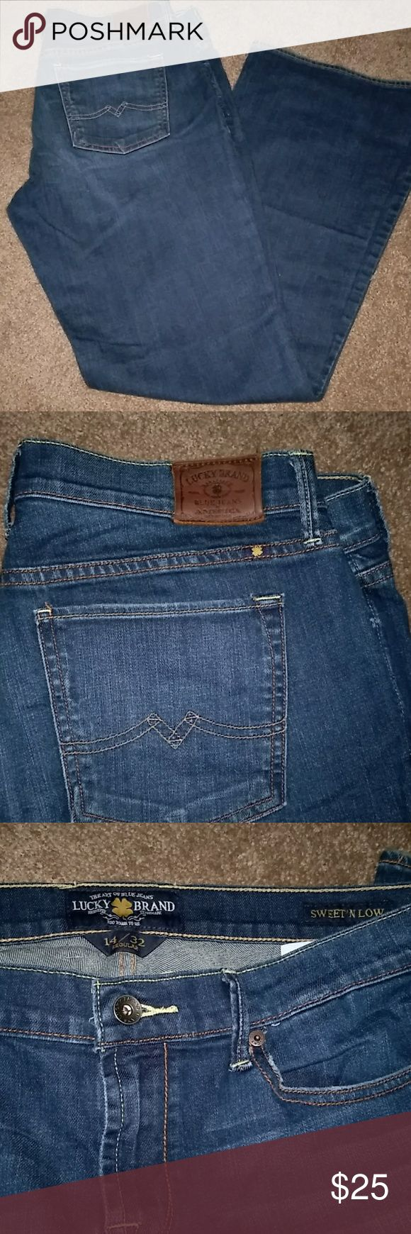 LUCKY BRAND SWEET N LOW BLUE JEANS Lucky brand ladies sweet n low blue jeans. Excellent condition! Size is 14/32 regular. Only worn a couple of times. Lucky Jeans Boot Cut