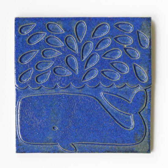 2009-2010 | Whale | slipcast ceramic tile (ultramarine) | 18x18cm | EU/Lisa Jones Studio