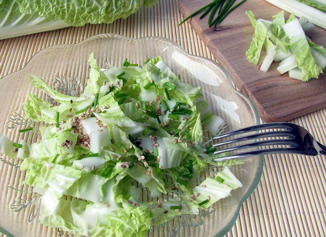 Салат из пекинской капусты: легкий диетический рецепт