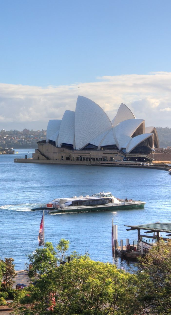 Sydney Opera House - Take Australia & New Zealand cruises to discover Down Under attractions