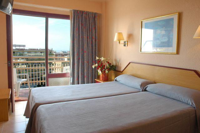 Pokój hotelowy - obozy młodzieżowe Hiszpania