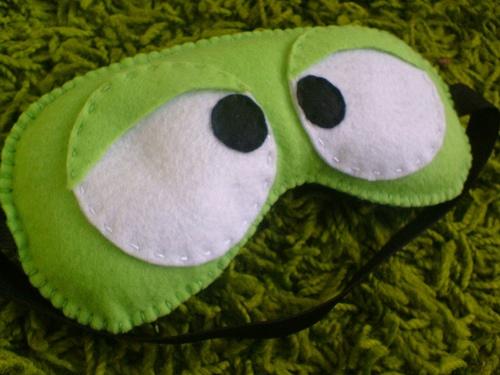 Toca da Coruja Artesanato em geral: Mascaras para dormir..