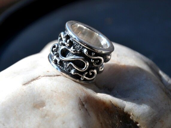 Drako Gothic Ring