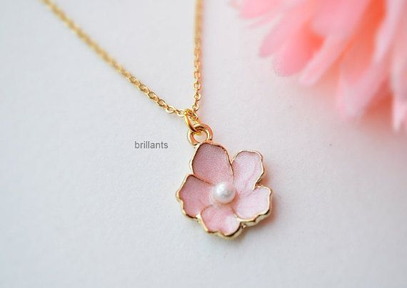 Cute Cherry blossom pendant necklace in gold ♥ You can make this necklace personal buying following initial leaf charm together with the necklace.