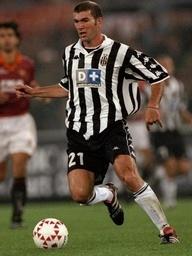 el mago del fútbol... Zinedine Zidane, Juventus