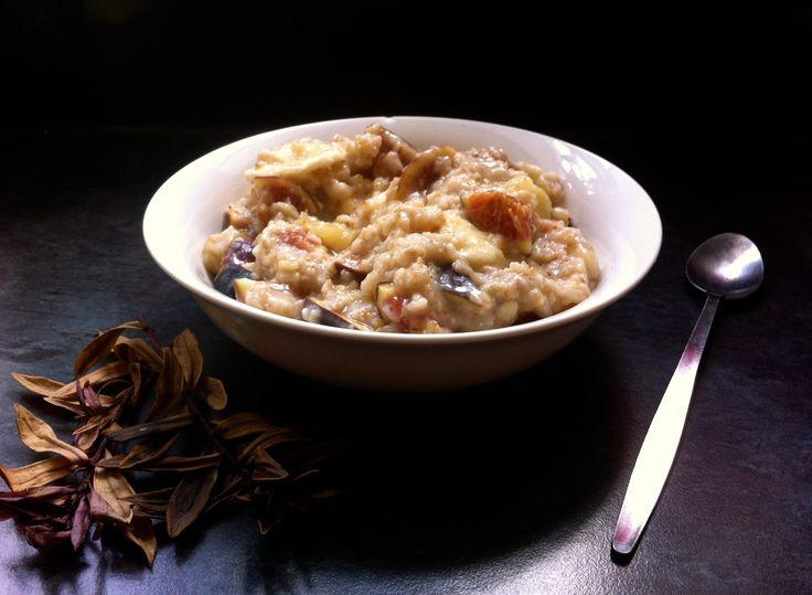 Fig Porridge - Feigen pürieren und drunter mischen, Minze, ingwer, nüsse und getrocknete bananen
