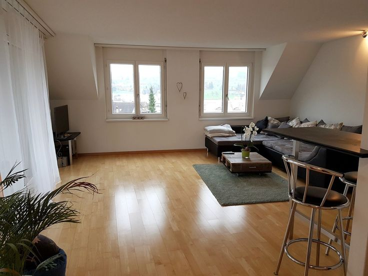Helle 4.5 Zimmer Attika Wohnung in Hochdorf zu vermieten.