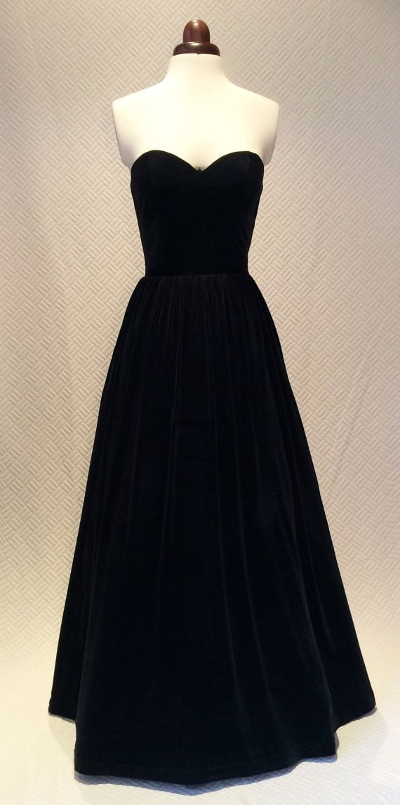 Black ball gown, prom dress, evening gown, party dress, long dress, velvet dress, strapless dress, vintage style dress
