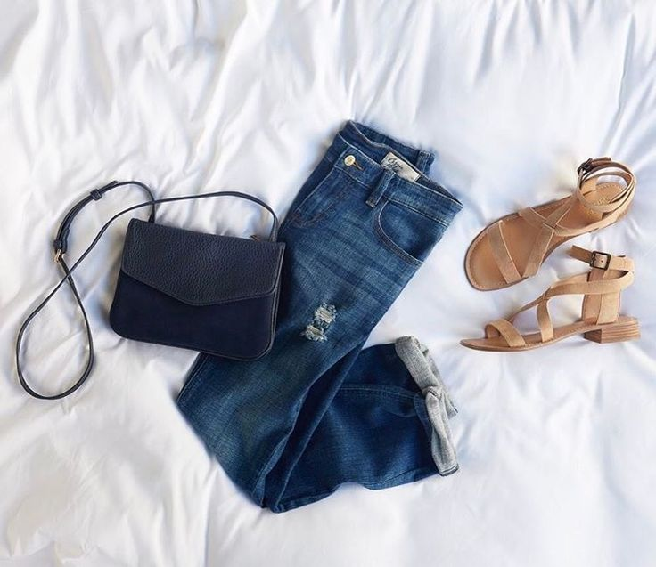 **** Just in for your April 2017 Stitch Fix box! Love these distressed, raw edge pair of denim and nude sandals. Gorgeous black cross body bag to boot!! Love this look. Stitch Fix Spring Summer 2017. #affiliate # sponsored # StitchFix
