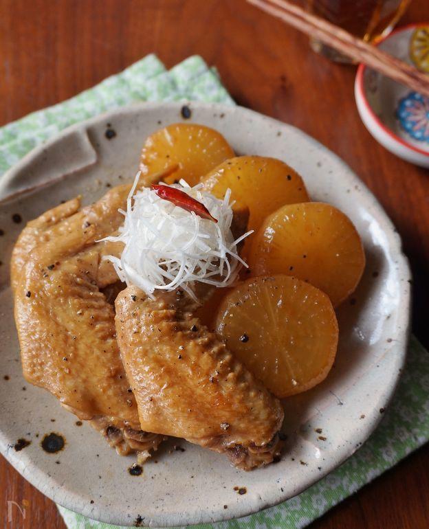 鶏手羽と大根のじんわり醤油煮込み by 楠みどり