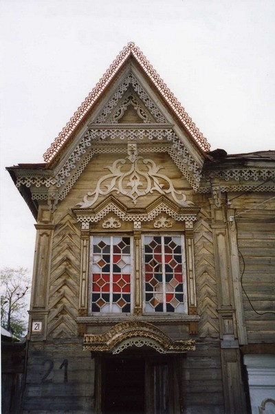 19th century Russian folk art. Like the windows! Could be reinterpreted in a modern way...
