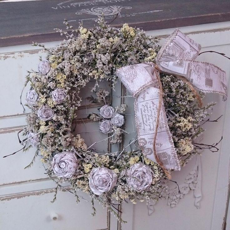 Květy+Věneček+se+sušinou+a+látkovými+květinami,+průměr+30+cm.