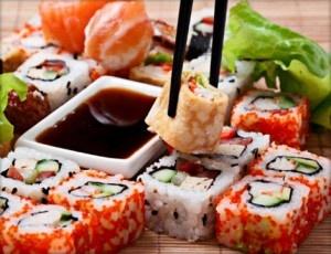 Sushi, sashimi, maki, maki roll...