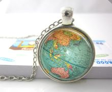 Hot glass dome jewelry Vintage Globe Necklace Planet Earth World Map Necklace Art Glass dome pendant necklace(China (Mainland))