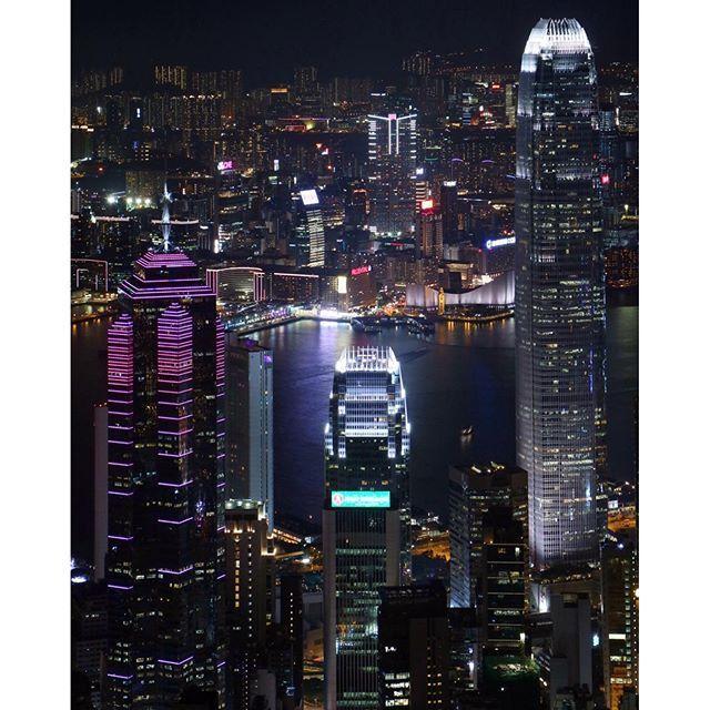 Instagram【felix_ip888】さんの写真をピンしています。 《難得一見的高淸照 #雲海 #夜景 #日出 #日落 #月亮 @d18hk #hklocals #Hongkong  #hk #光軌 #fireworks  #mastermindjapan #fcrb #hkig #physique #humanflag #handstand #frontrow #guy #abs #backflex #motivation #fit #gym  #fitness #fitnessmodel #hkmodel》