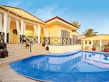 4 bedroom villa in Callao Salvaje to rent from £1100 pw. With balcony/terrace, TV and DVD.