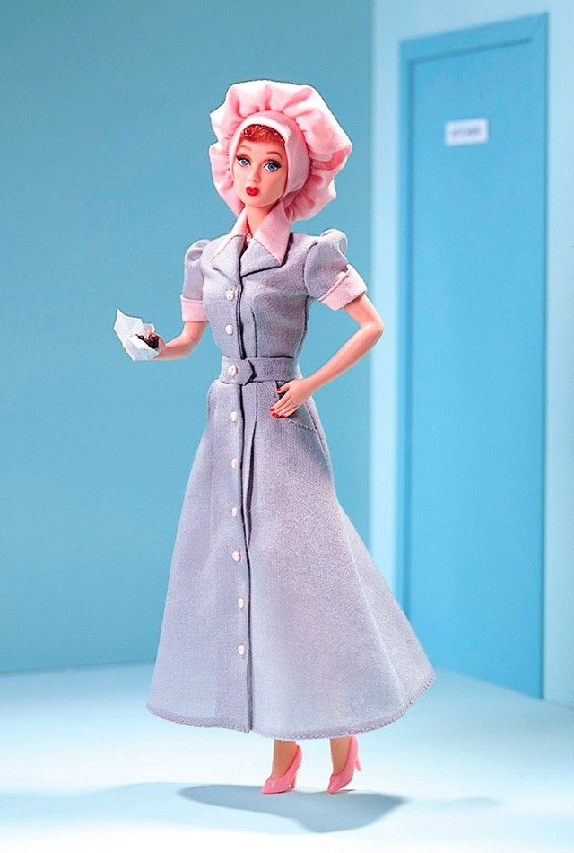 I Love Lucy® Starring Lucille Ball as Lucy Ricardo in Job Switching™ | Barbie Collector, 1999