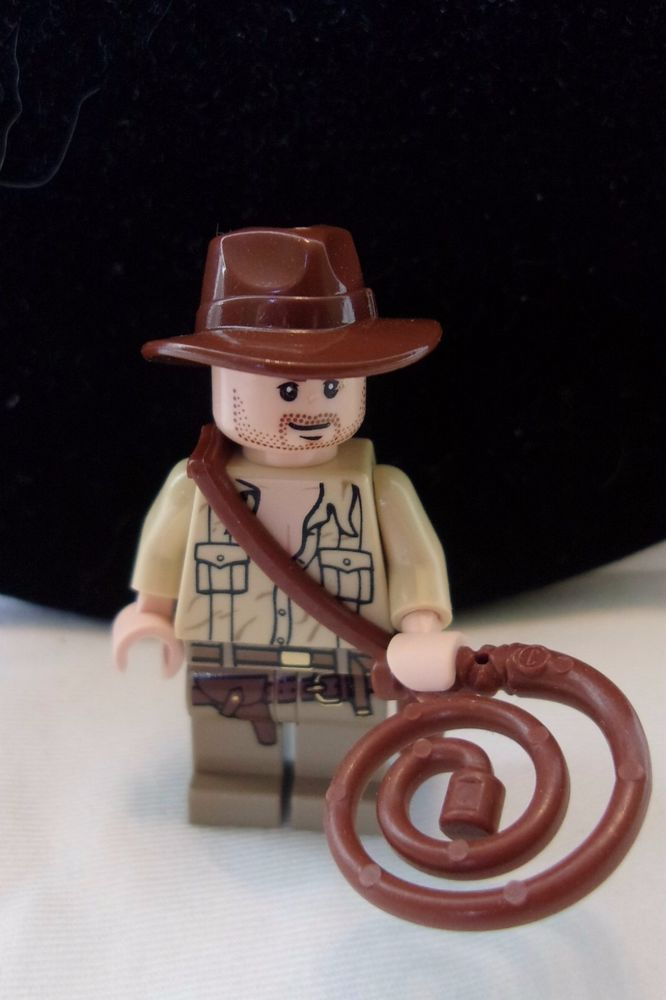 LEGO Indiana Jones Open Shirt Mini figure set 7195 Minifigure Toy whip satchel #LEGO