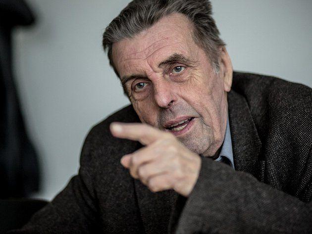 Filozof a vysokoškolský učitel Jan Sokol.