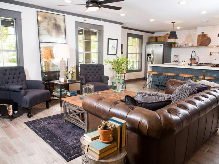 HGTV Fixer Upper redid this now-gorgeous home for first time home buyers - and it's lovely!