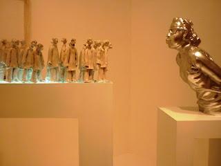 """Karya Endang Lestari berjudul """"Blow Me (I want to be primitive without culture)"""" merupakan kisah meniup yang dikenal di berbagai kisah reliji dan mitologi. Ini merupakan salah satu karya yang menjadi favorit saya, karena sangat detail dan mengena."""