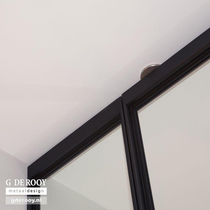 http://www.stalen-binnendeuren.nl/voorbeelden-stalen-deuren/25-stalen-taatsdeuren-hilversum