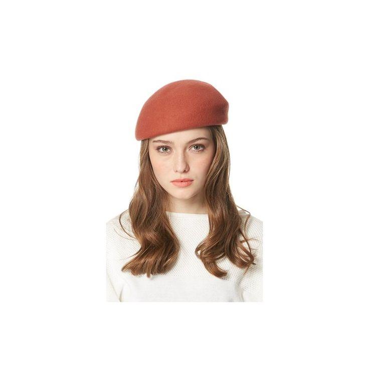 Afirma tu estilo con esta boina parisina chic, moderna y de tendencia. Sombrero de lana de la firma francesa BGN, con banda de higiene en el interior.    •Color: Rojizo, teja.  •Material: 100% lana.  •Medidas: 21 x 20 x 10 cms.  •Lavado: En seco.