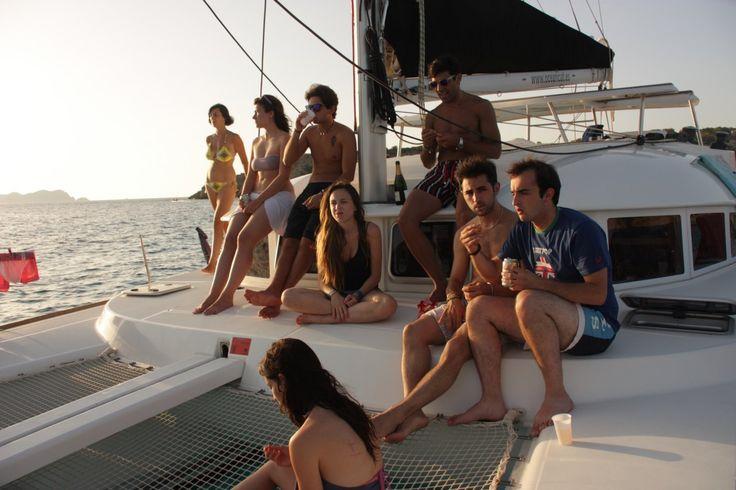 Paseo en barco Ibiza y Formentera. Excursión en velero un dia Alquiler barcos Ibiza alquiler veleros ibiza Formentera catamaran
