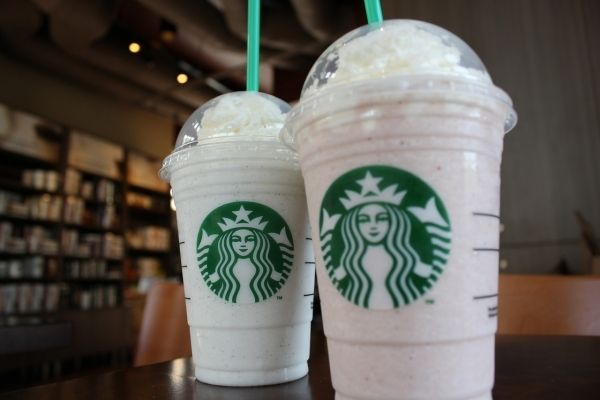 DIY Starbucks drinks - DIY Starbucks Vanilla Bean Frappuccino - Page 1 - Wattpad