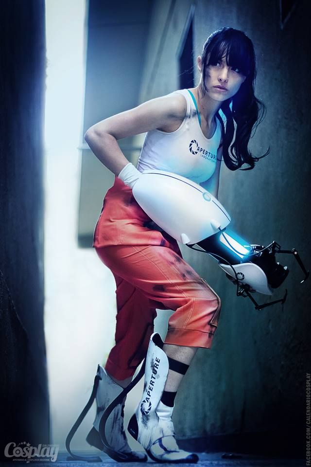 Great Chell cosplay by Angela Bermúdez (from Portal 2)