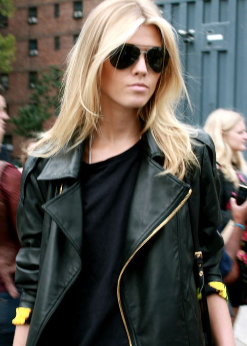 This jacket!: Leatherjacket, Blonde, Fashion, Hairs, Black Leather, Street Style, Outfit, Leather Jackets, Hair Color