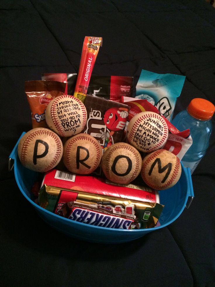 Perfect promposal for your baseball guy❤️⚾️