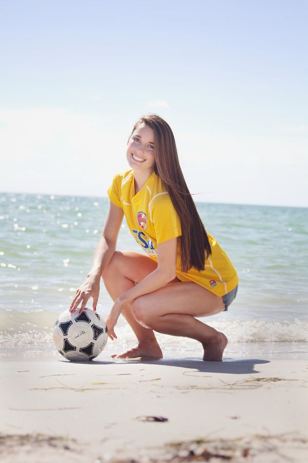 Senior Pictures On the Beach u2013 Tampa