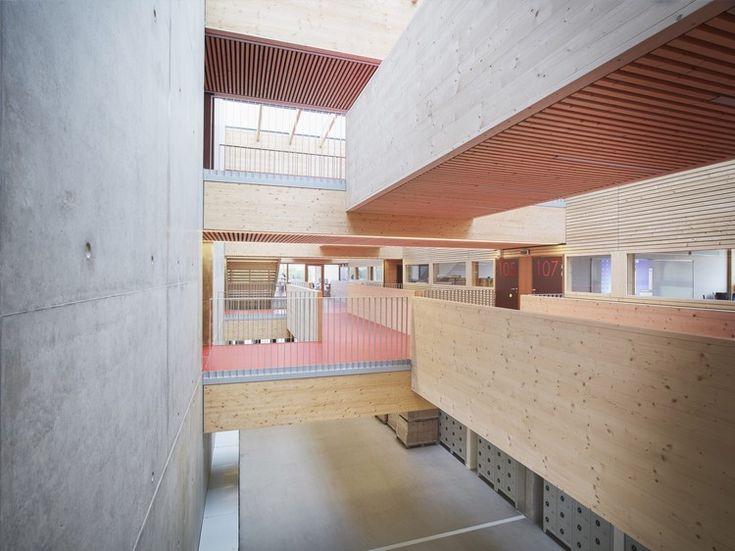School Jean-Monnet / Dietrich | Untertrifaller Architects + CDA Architectes