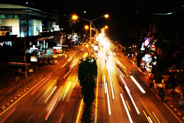 Old airport road, Bangalore.Airport taxi Services by Quick Cabs Bangalore
