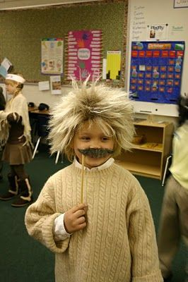 DIY Albert Einstein Halloween Costume Idea