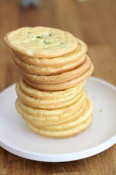 ¿Has oído hablar del cloud bread? Un pan con muy pocas calorías y sin gluten que tiene seguidores y detractores a partes iguales...