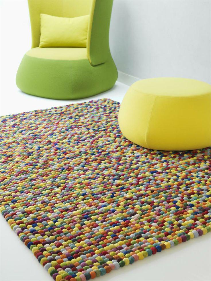 Farbe bekennen… …das ist mit COLOURS aus unserer brandneuen benuta-Kollektion ein Kinderspiel. Dieser Teppich, aus 100% Wolle handgearbeitet, verbreitet Lebensfreude und Spaß pur. Bunt, bunter, am buntesten: Bei diesem Designerstück haben wir beeindruckende und leuchtende Farben verwendet. #benuta #teppich #interior #rug #retro