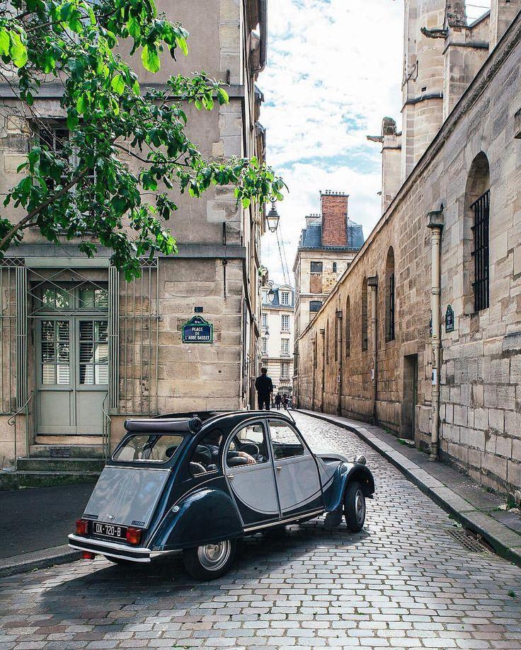 аренда машины в париже можно