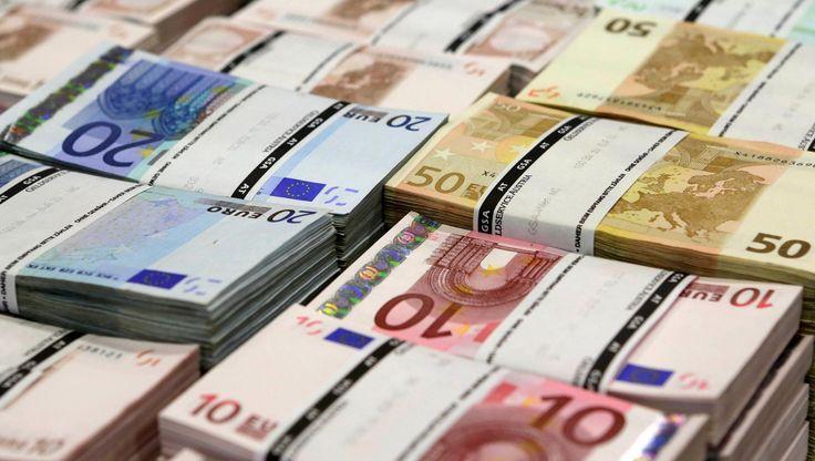 Russian state accounts frozen by Belgium In July 2014 have been unblocked, Belgium's foreign minister says. #businessnews #worldnews #news #business #uae #dubai #mydubai #gccnews #gccbusinesscouncil #gulfnews #middleeast #socialmedia #Belgium #oman #qatar #kuwait #saudiArabia #finance  #economy #worldbusinessNews #Russia