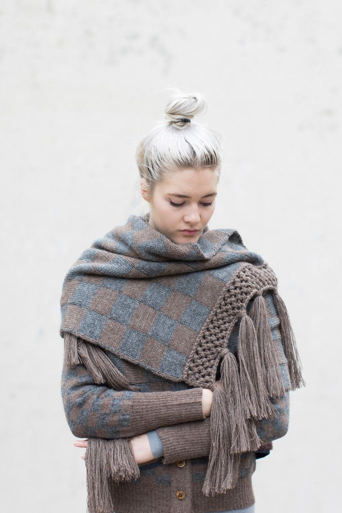 Electric Feathers Golden Rectangle Scarf in Grey/Taupe